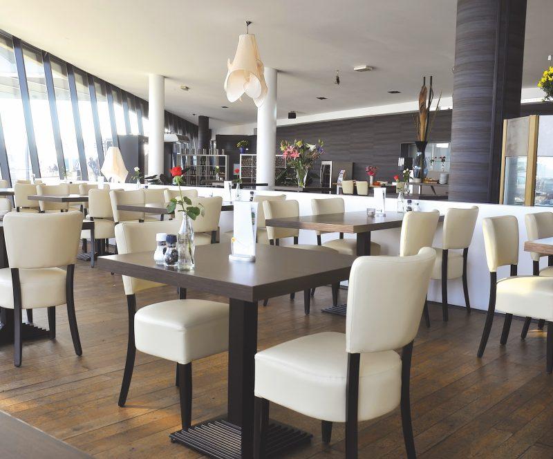 Cafés / Restaurants